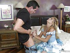 She sucks it like a whore @ north pole #100, scene #01