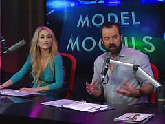 An interview and model judging contest with rosa acosta @ season 17, ep. 800