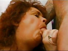 Well-aged ginger she shows all her skills @ mature kink