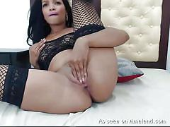 Hot latina with big ass plays with dildo