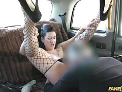 Slut gets picked up and eaten out