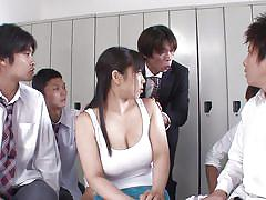 Japanese big titted milf gets nipplebang