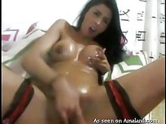 Solo latina fingers herself and cums