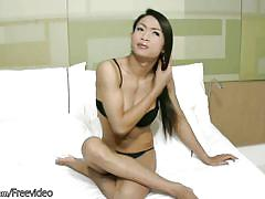 Feminine ladyboy with great bigtits sucks big cock and jerks