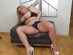 blonde, big ass, big tits, mature, solo, masturbation, cougar, fingering, bbw, mature nl, kim van dyke