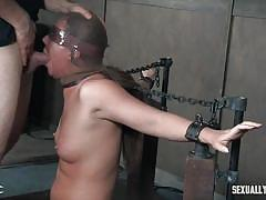 Naked, masked and chained on a sybian