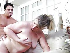 Bbw mature having fun with strong muscular stud