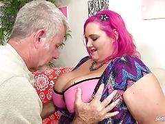 Kinky fat girl spreads her cheeks