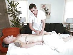 Getting sucked off by the gay masseur