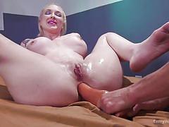 Anal loving blonde lesbians enjoying a hardcore