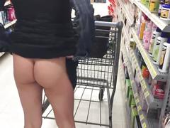 Flash wet pussy walmart tanned bubble ass hottie milf