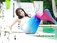 Jessica is playing the mermaid