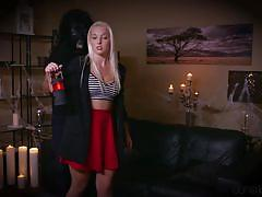 Blonde gives it all for her man