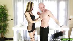 Cum swallowing masseuse blows her bald client