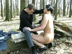 German amateur brunette fucked in forest