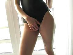 Akiyama mizuki self oil massage