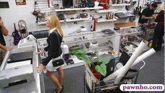 Hot milf gets to be boinked by the pawn man