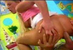 Teen blond - teen sex video